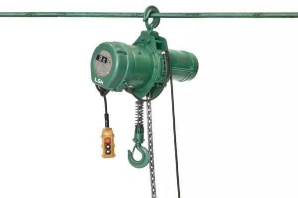 Electrical chain hoists 1